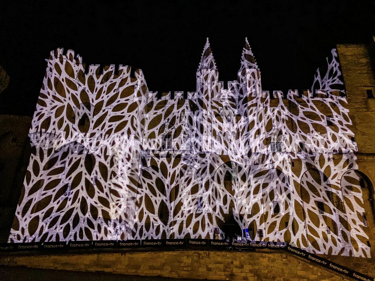 Robe-2020-Helios-Festival-Avignon-IMG1170-P