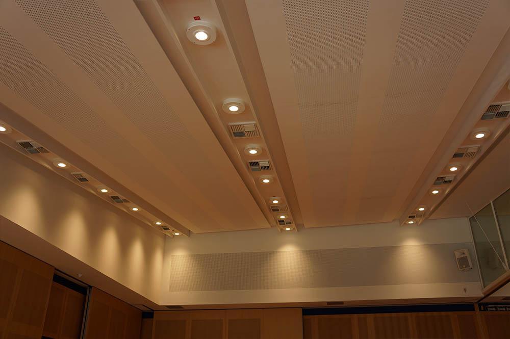 StadthalleSaalbeleuchtung300