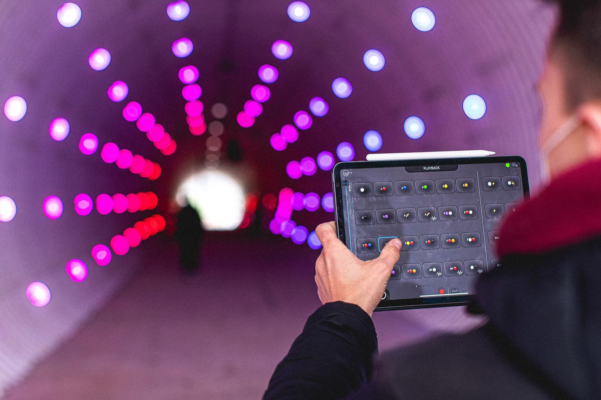 GLP-Creative-Light-Tunnel-4