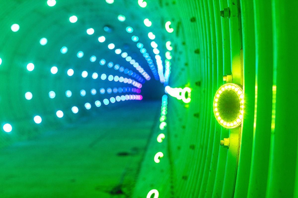 GLP-Creative-Light-Tunnel-9